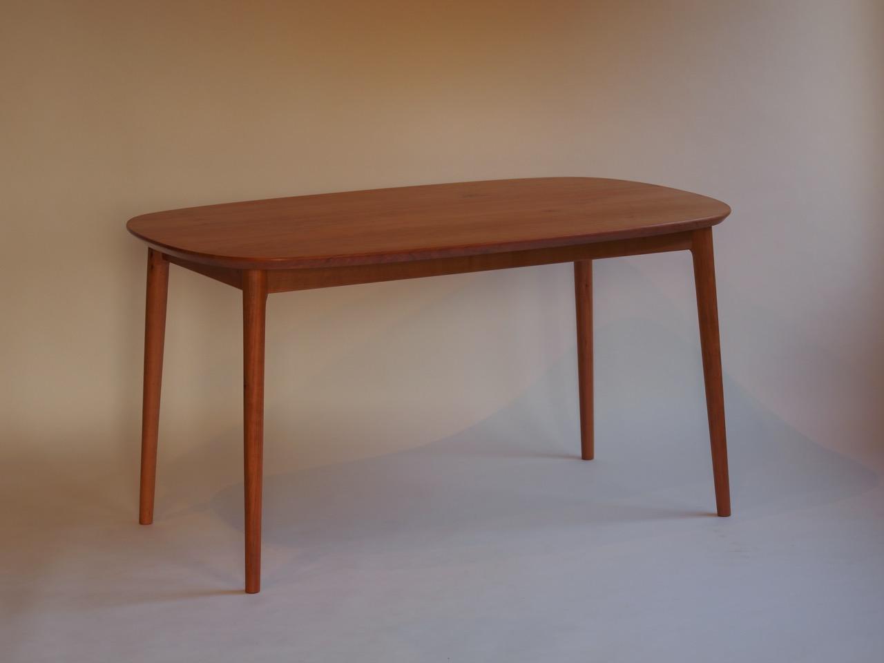 Deer Table